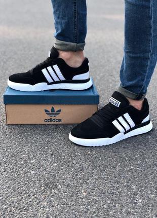 Осенние кроссовки adidas