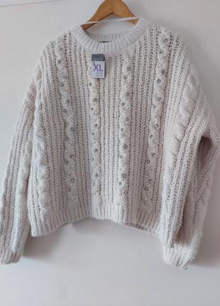 Очень красивый новый свитер молочно-белого цвета с жемчугом 🖤p...