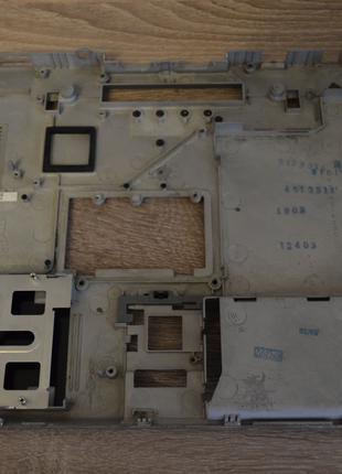 Нижняя крышка корпуса ноутбука DELL LATITUDE D620 (AMZJX000K00)