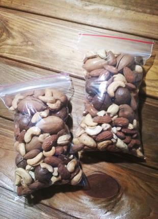 Ассорти орехов, мікс горіхів, орешки на подарок в Виннице