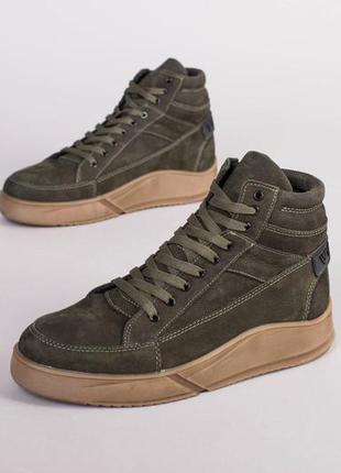 Зимние ботинки из нубука цвета хаки 💥