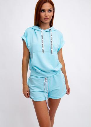 Костюм женский, безрукавка и шорты, голубой 102R054