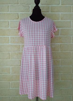 Трикотажное платье с завышенной талией