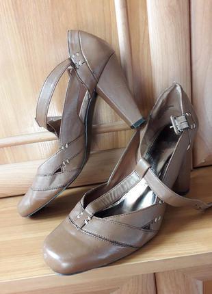 Туфли длина стельки 27 см