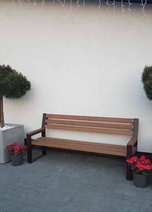 Уличные цветочницы из бетона