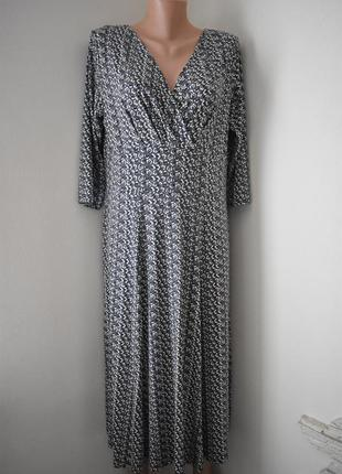 Трикотажное платье с принтом marks & spencer