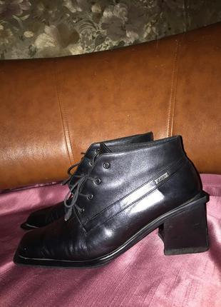 Ботильоны ботинки из натуральной кожи