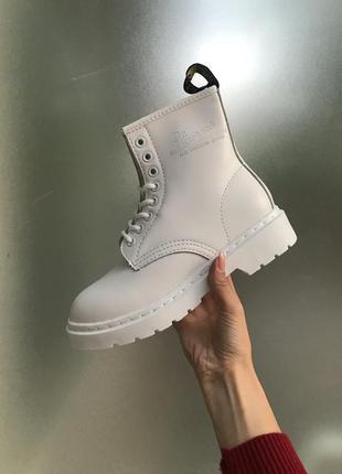 Крутые топовые женские белые ботинки