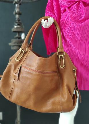 Большая сумка из натуральной кожи.