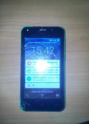Смартфон Prestigio PSP3403 Duo