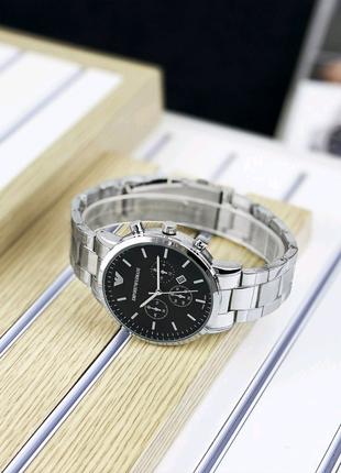 Часы Emporio Armani.