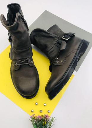 Кожаные демисезонные ботинки mjus