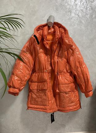 Куртка пуховик оверсайз оранжевая глянцевая
