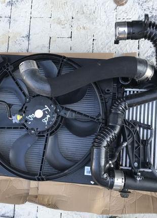 Комплект радиаторов + диффузор Nissan X-Trail T32 Rogue 2016DSCF