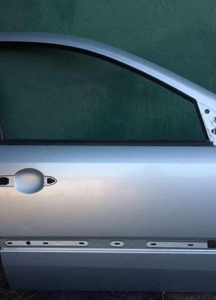 Б/у дверь передняя правая 7751471659 Renault Laguna 2,