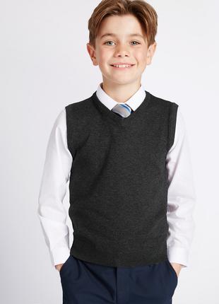 Трикотажная школьная жилетка на мальчика 13-14 лет,164 см.,M&S