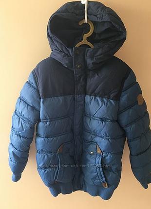 куртка Zara   р.122   на   6-7 лет