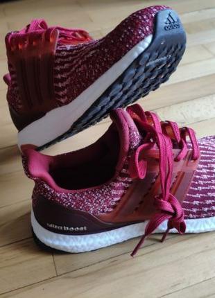 Кроссовки Adidas Ultraboost красные 39 размер