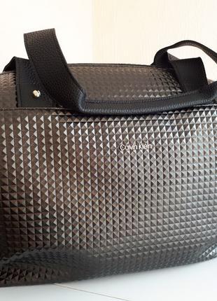 Спортивная сумка Calvin Klein Кельвин Кляйн черная,