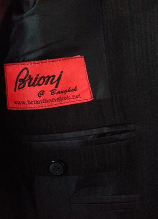 Brioni отличный блейзер.