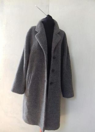 Пальто италия с шерстью альпака (лама)пушистое.