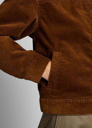 Куртка вельветовая стильная демисезонная