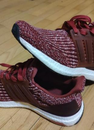 Женские кроссовки Adidas Ultraboost