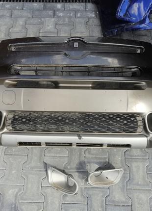 Бампер передний с решетками и губой на Fiat 500L Trekking 14-