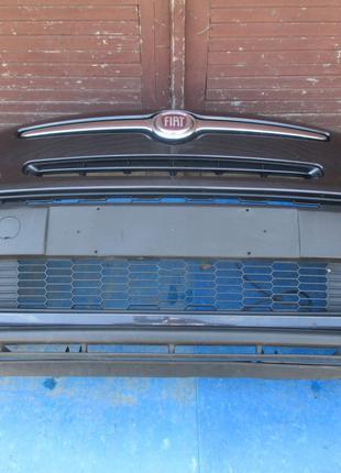 Комплектный передний бампер на FIAT 500L 2012R-