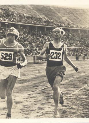 Черно-белая фотография XI Олимпийские игры 01.08.1936 Германия.