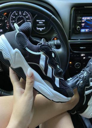 Adidas ozweego black white.
