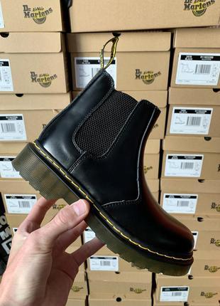Dr. martens chelsea black женские кожаные ботинки черного цвет...