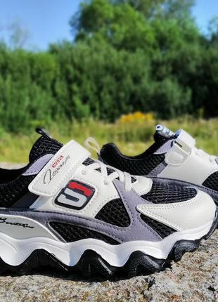 Стильні підліткові кросівки paliament. 36-37 р-р.