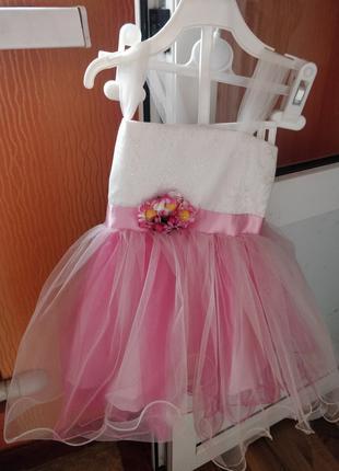 Продам детское платье на 2 года