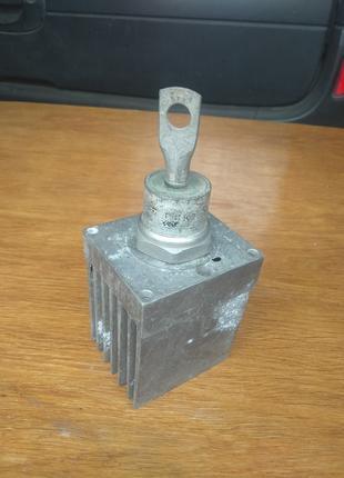 Тиристор ТЧИ-100