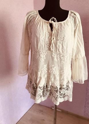 Красивая натуральная ажурная блузка италия