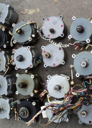 Электродвигатели редукторные низкооборотистые