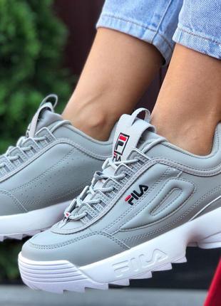 Крутые женские кроссовки fila