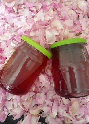 Розовый сироп  0,5 л