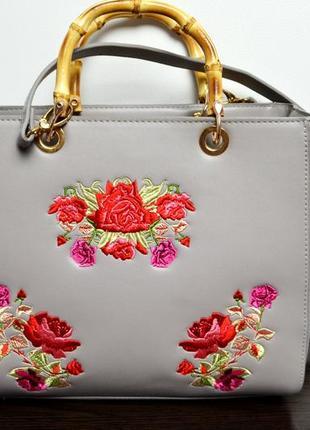 Сумка с вышивкой цветы