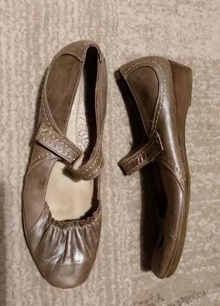 Итальянские кожаные туфли балетки