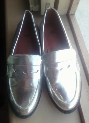 Шикарные лоферы, оксофрды, дерби, туфли серебро 37 размер фирм...