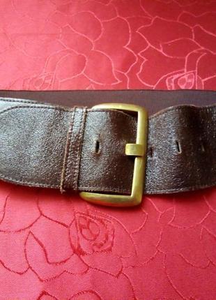 Широкий эластичный ремень, пояс с кожаными вставками