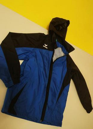 Фирменная куртка, ветровка - дождевик на мальчика 8-9 лет erima