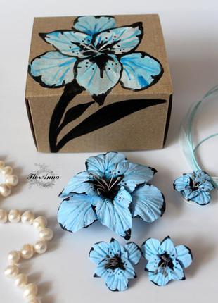 """Оригинальный подарок девушке """"голубые гладиолусы""""(серьги+кулон..."""