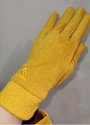 Перчатки женские сенсорные жолтые