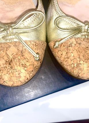Идеальные золотистые балетки на подошве Nike Air, натуральная кож