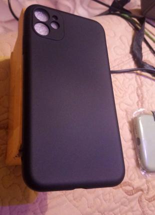 Чехол iPhone 11 (6.1)