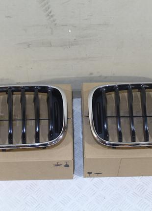 Решетка радиатора комплект левая+правая на BMW X3 G01