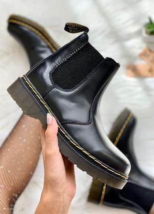 Dr. martens chelsea black женские кожаные ботинки челси черног...